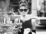 6 Stylish Iconic Sunglasses Of All Time6