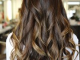 6-tips-on-how-to-get-perfect-and-long-lasting-curls-4