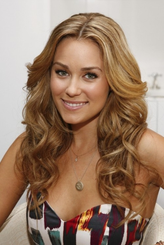 Picture Of 6 tips on how to get perfect and long lasting curls  5