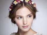 9 Stylish Floral Hair Accessories This Spring4