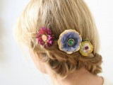 9 Stylish Floral Hair Accessories This Spring9
