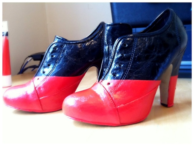Picture Of Adorable DIY Viktor & Rolf Inspired Red And Black Booties 8
