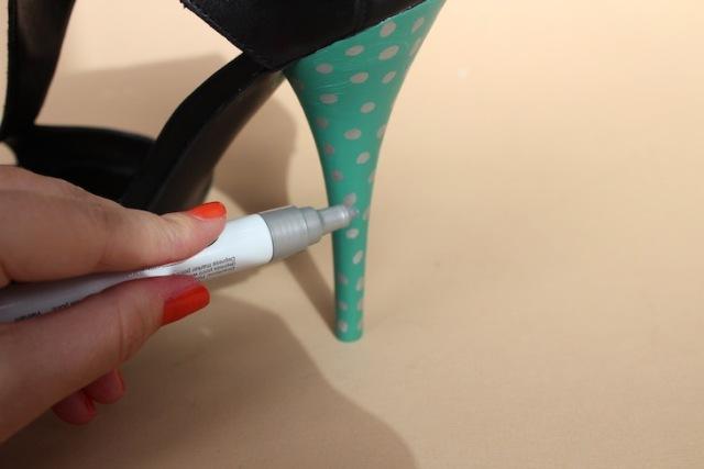 Picture Of Amusing DIY Polka Dot Sandals 6