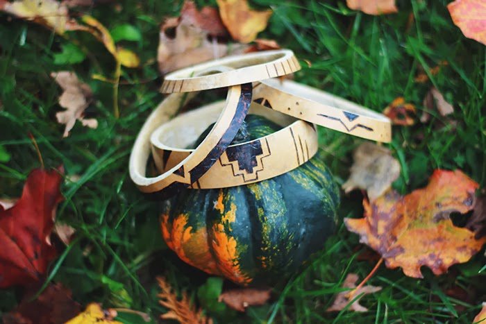 Picture Of Autumn DIY Natural Jewelry – Gourd Bracelet 11