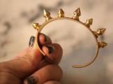 Awesome DIY Spike Cuffs5