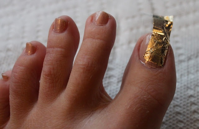 Picture Of Bright DIY Gold Leaf Pedicure 4