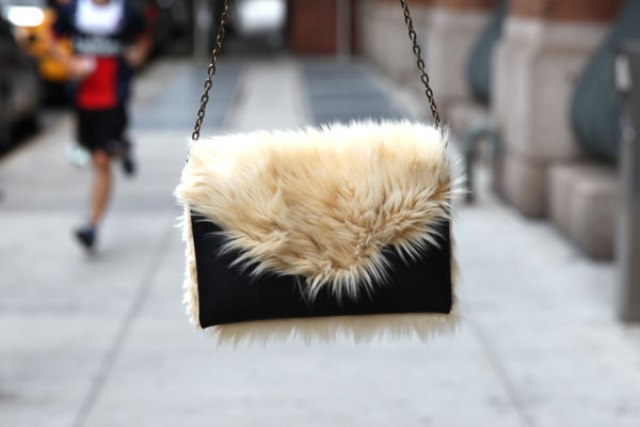 Picture Of Chic DIY Faux Fur Clutch 3