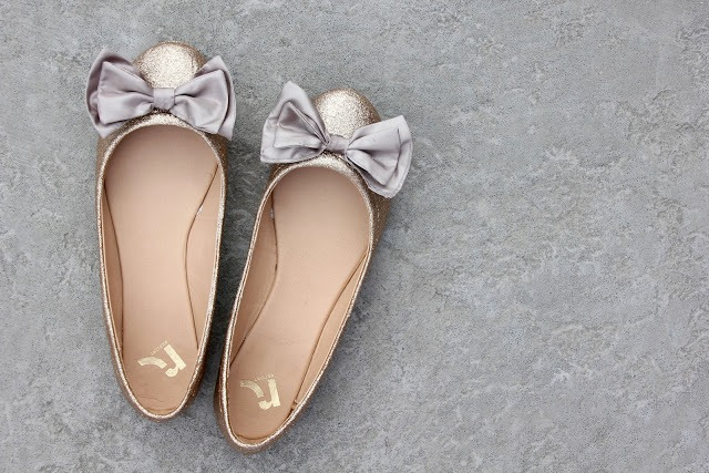 Picture Of Chic DIY Glitter Bow Tie Flats 10