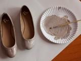 Chic DIY Glitter Bow-Tie Flats4