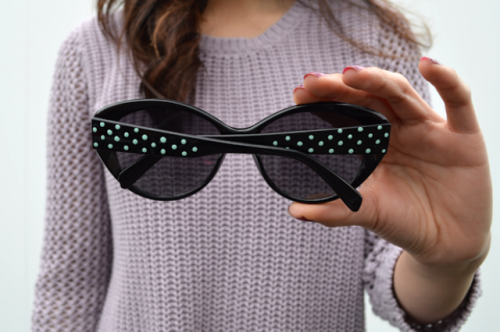 Chic DIY Sunglasses With Nail Polish Dots
