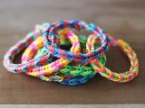 Colorful DIY Finger Fishtail Loom Bracelet7
