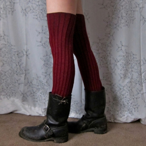 Picture Of Comfortable DIY Leg Warmers For A Winter 3