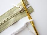 Comfortable DIY Treble Crochet Zip Pouch 2