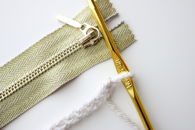 Picture Of Comfortable DIY Treble Crochet Zip Pouch 2