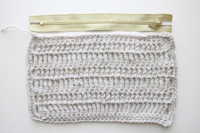 Picture Of Comfortable DIY Treble Crochet Zip Pouch 4