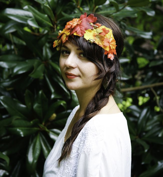 Picture Of Cool Autumn Idea of DIY Fall Leaf Crown 5