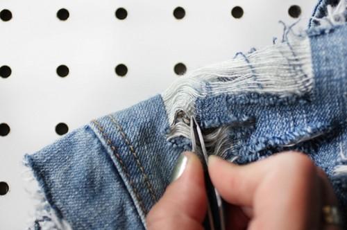 Cool DIY Distressed Denim Jacket