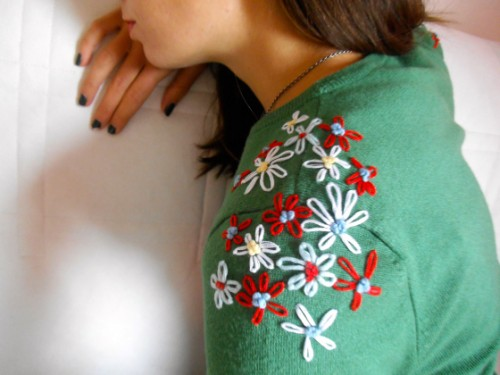 Cool DIY Embroidery Project – Flowery Shoulders
