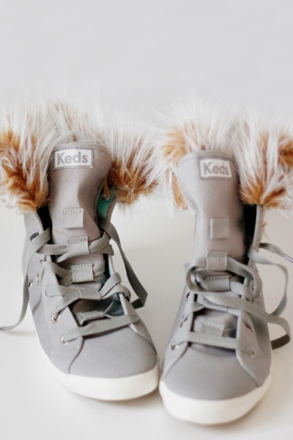 Picture Of Cozy DIY Removable Fur Lined High Tops 2