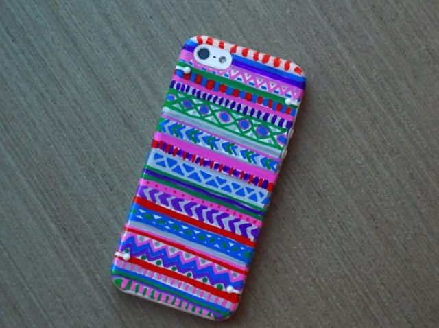 Creative DIY Patterned Phone Cover
