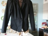 Creative DIY Removable Feather Trim Jacket4