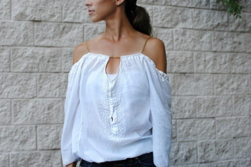 Cute And Delicate DIY Top From A Man's Shirt