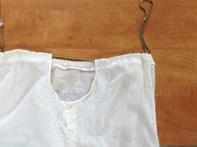 Picture Of Cute And Delicate DIY Top From Men's Shirt 5