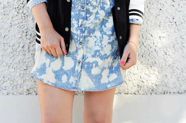 Picture Of Cute DIY Bleach Dyed Chambray Dress 2