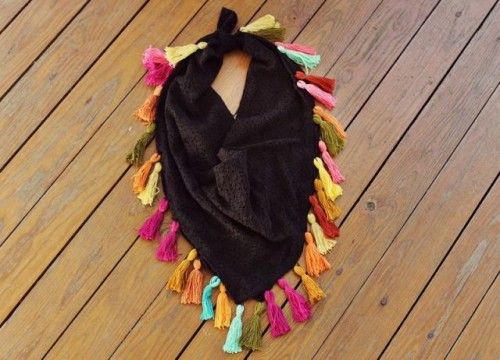 DIY Colorful Tassel Scarf