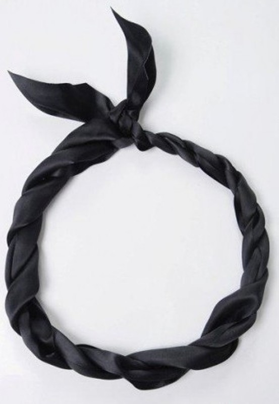 Picture Of DIY Easy Greek Hairstyle With A Bandage 4