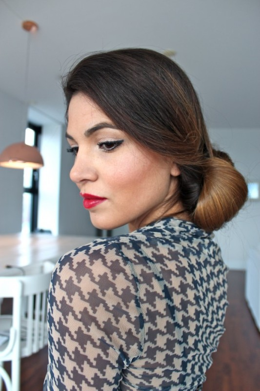 Picture Of DIY Elegant Hairstyle For The Date 10