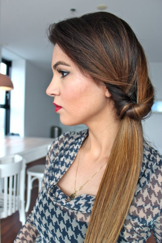 Picture Of DIY Elegant Hairstyle For The Date 6