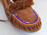 DIY Excellent Beaded Moccasins5