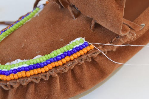 Picture Of DIY Excellent Beaded Moccasins 7