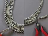 DIY Fabulous Vintage Statement Necklace8