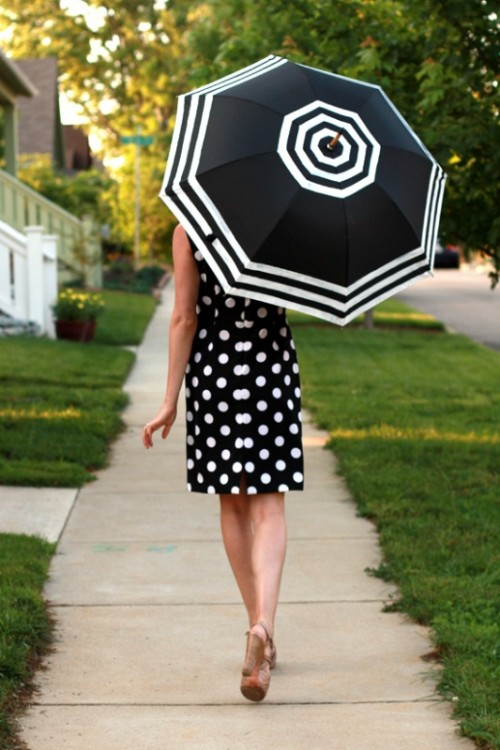 DIY Fashionable Striped Umbrella