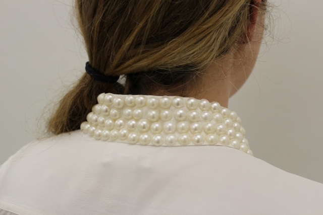 Picture Of DIY Stylish Pearl Stud Collar 4