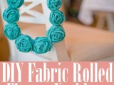 DIY fabric rolled flower necklace1
