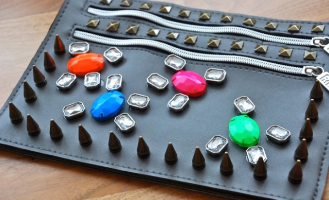 Picture Of Easy DIY Embellished Clutch 4