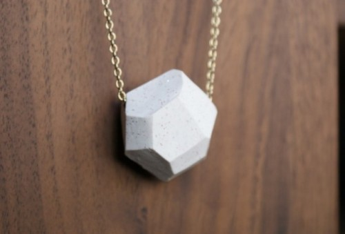 Easy-To-Make DIY Elegant Geometric Necklace