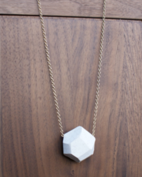 Picture Of Easy To Make DIY Elegant Geometric Necklace 3
