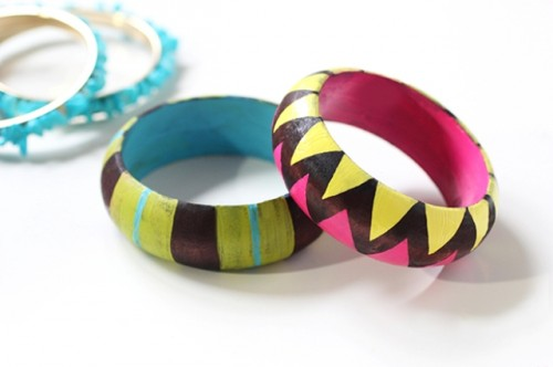 Easy To Make DIY Painted Wood Bangles
