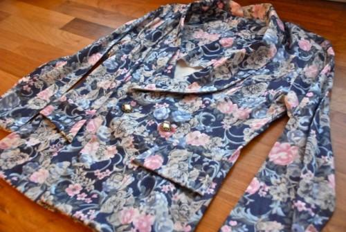 Easy To Make DIY Refashioned Floral Blazer