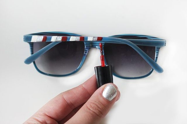 Picture Of Easy To Make DIY Striped 4th Of July Sunglasses 5