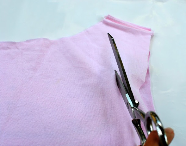 Picture Of Easy To Make DIY T Shirt For Vacation 4