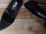Elegant DIY Crystal Confetti Valentine's Day Shoes2