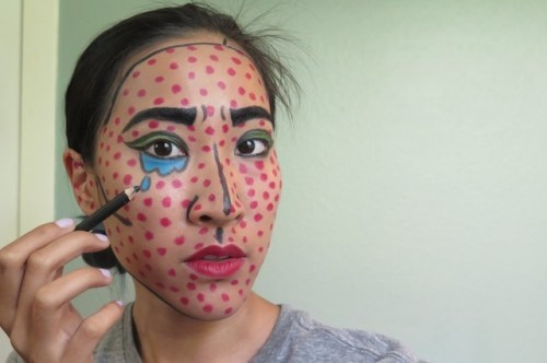 Eye Catching DIY Lichtenstein Comic Book Makeup