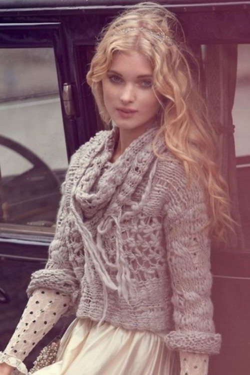 15 Fashion Free Cut Sweaters Of Autumn-Winter 2013-2014