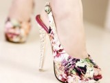Fashionable And Style Floral Print In Clothes 16