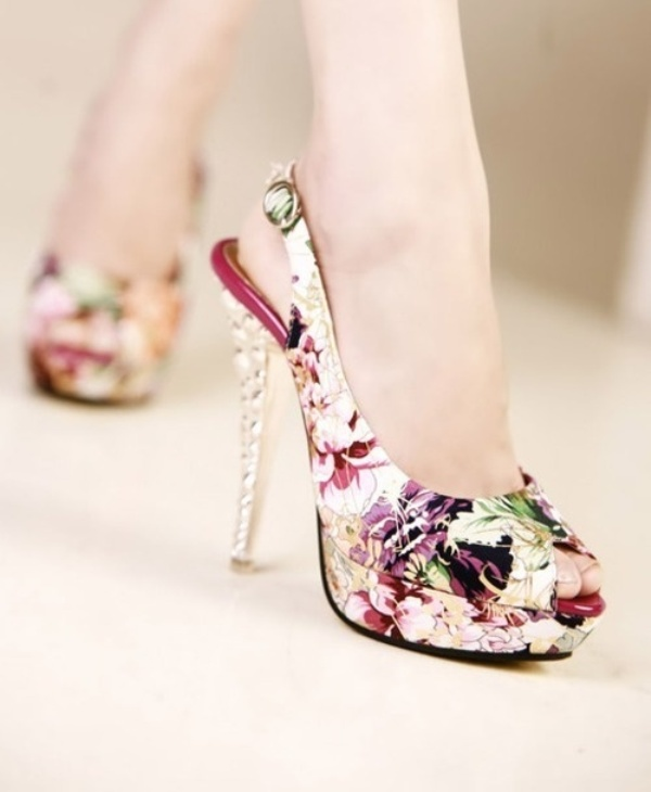 Picture Of Fashionable And Style Floral Print In Clothes 16